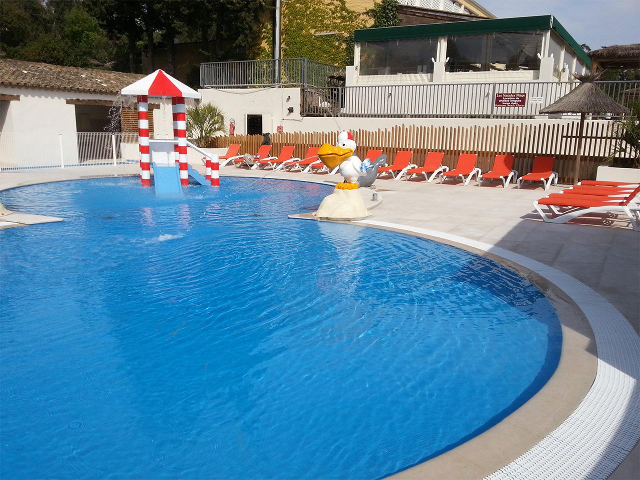 R novation compl te de piscine sur camping ramatuelle for Renovation piscine